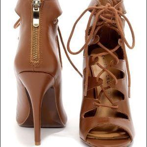 Chinese laundry heels size 7